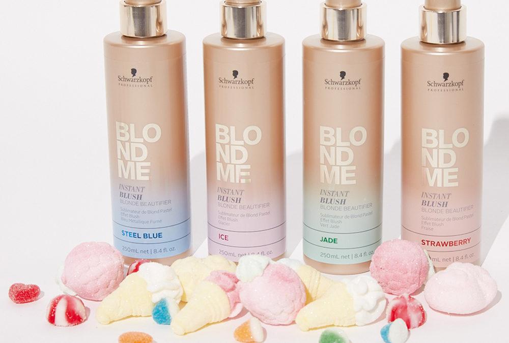 Jemně tónovací šampony BLONDME Blush Wash pro blond vlasy
