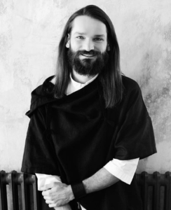 Michal Zapoměl, kadeřník, bojovník za vlasy krásnější